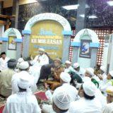 DR. Syekh Muhammad Bin Ismail Makah hadiri Haul Akbar KH. Moh. Hasan