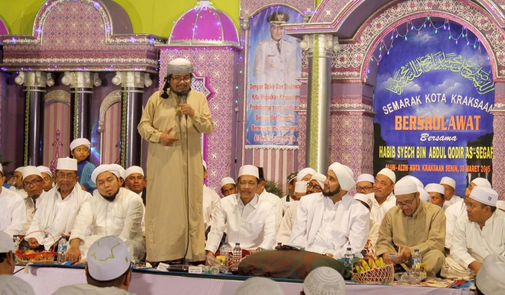 KH. Moh. Hasan Saful Islam saat memberikan ceramah agama